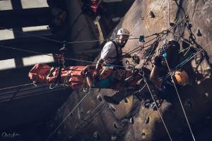 Rescate vertical en lugares de difícil acceso